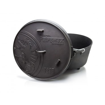 Petromax Dutch Oven ft18 with feet